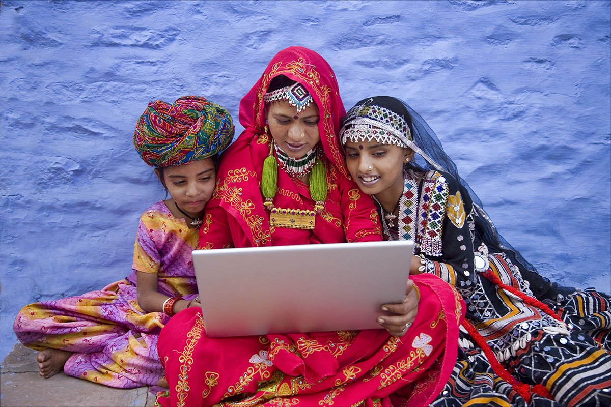 the-government-will-reach-every-village-till-2018-7-5-lakh-wi-fi