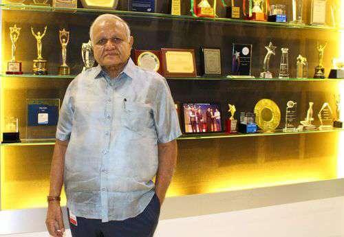 Success of Vijay Sales