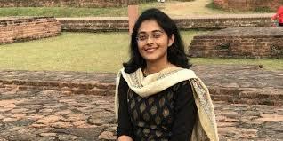 ias-officer-surabhi-gautam-story
